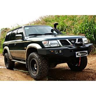 Oceľový  predný nárazník Nissan Patrol Y61 (1998-2004) séria STARWORKS