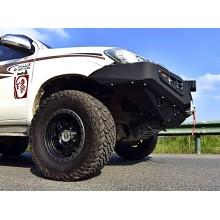 Oceľový  predný nárazník Toyota Hilux (od 2005) séria STARWORKS